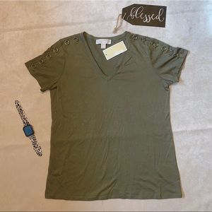 Michael Kors | safari green | basics | Top